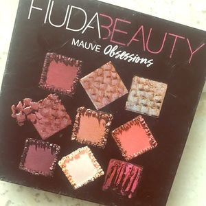 USED ONCE - Huda Beauty Mauve Obsessions Palette